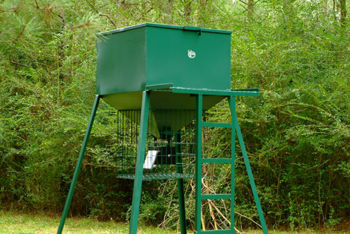 Steel Gravity Fed Deer Feeders