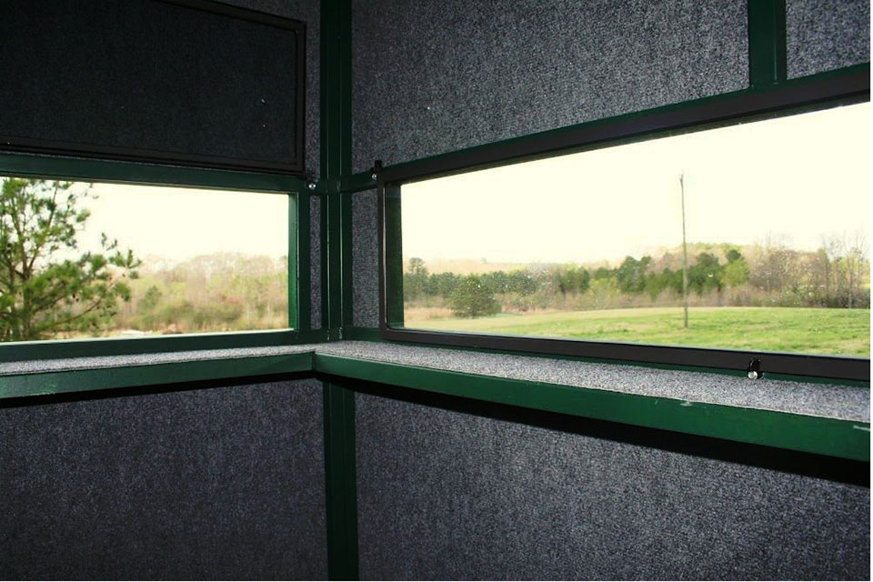 Carpeted walls, ceilings and gun rails make for one quiet, warm and comfortable deer blind. Add in the 1/2 plywood floors with 1/4 rubber matting and you have a sound proof booth to say the least.