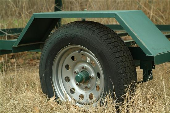 "The heavy duty 14"" 5 lug axle makes towing your blind a breeze with any ATV or light duty truck or jeep"