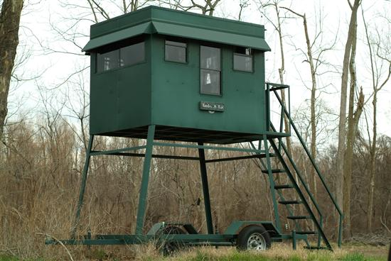Portable Steel Trailer Deer Blind
